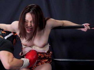 プライドが高い女を容赦なく殴打!腹を攻められ苦痛に歪む姿は美しい