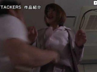 【希島あいり】人妻OLがオフィス内で突然腹パンされ中出しレイプされる